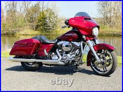 2016 Harley-Davidson Touring Street Glide Special FLHXS with 14,705 Miles 103
