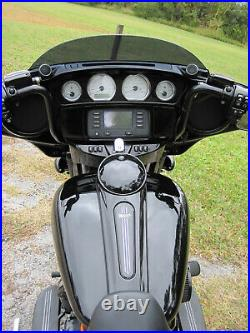 2017 Harley-Davidson FLHX Street Glide