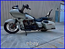 Backrest Sissy Bar for Harley Davidson CVO Road Glide Street Touring Road King