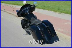 Harley-Davidson FLHXS Street Glide Special Bagger 21 Engine 110 Stage V